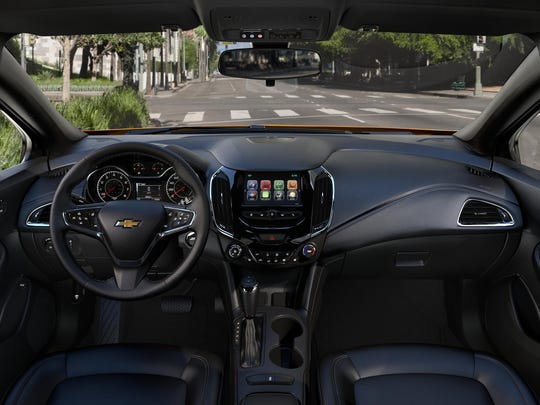 The 2017 Chevrolet Cruze Hatchback offers unexpected segment-exclusive technologies such as 4G LTE and wireless charging and keeps consumers connected through Android Auto and Apple CarPlay.