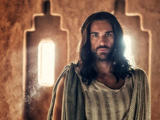 """Pablo Di Pace portrays Jesus in a scene from """"A.D. The Bible Continues."""""""