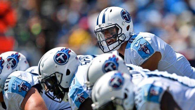 Tennessee Titans quarterback Marcus Mariota (8) calls a play at Nissan Stadium Sunday, Sept. 10, 2017 in Nashville, Tenn.