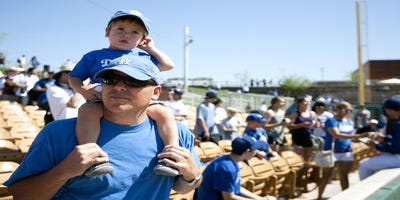Dodgers-White Sox baseball camp comes to Phoenix