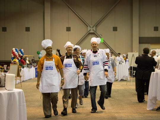 Manly chefs ready to cook at the 2014 100 Men Who Cook