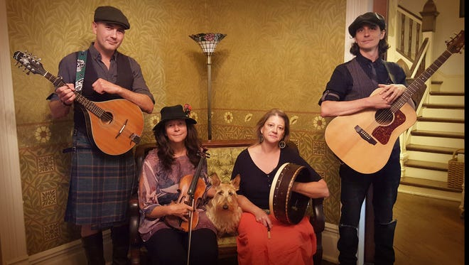 Carolina Ceili wrapsup traditional music in contemporary arrangements.