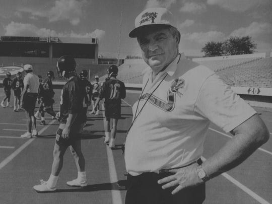 Spike Dykes is shown during a Texas Tech football practice in 1991.