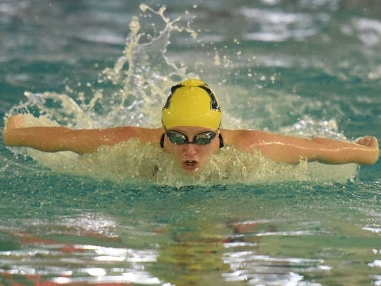 Jamie Yadoff Indian Hills swimming.JPG