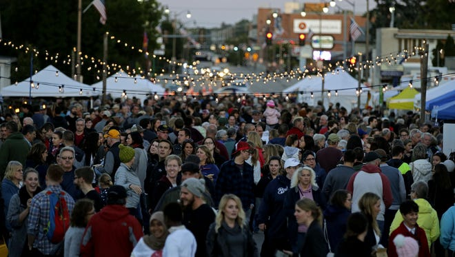 An estimated 3,500 people turned up at the first Bazaar After Dark event last September on Wisconsin Avenue in Appleton. The event is back for another go at that location Wednesday.