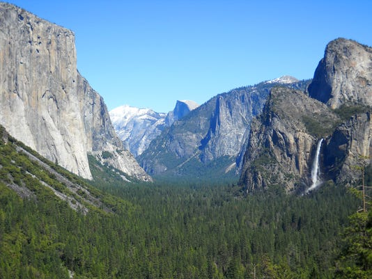 AP TRAVEL-TRIP-YOSEMITE FOR BEGINNERS A