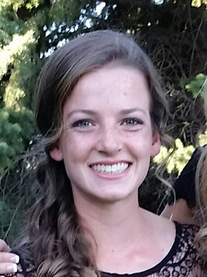 Fossil Ridge's Sydney Teslow is the Coloradoan's Female Athlete of the Week.