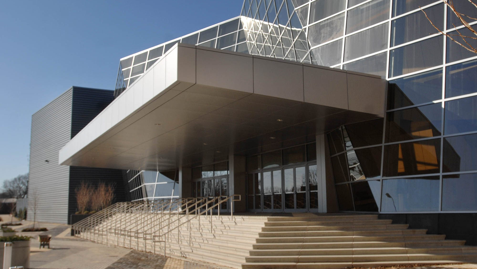 Convention Center: In search of a complex
