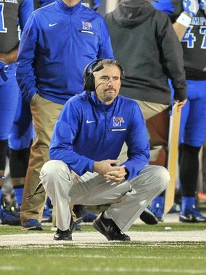 Memphis Tigers head coach Mike Norvell