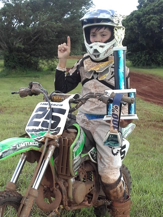 25_Laurence-Limtiaco-took-the-win-in-the-65cc-and-85cc-Kids-Minibike-classes-and-has-clinched-2017-Guam-Motocross-65cc-class-championship-1-.jpg