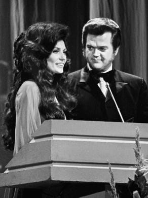 Hendersonville names road after late country music legend Conway Twitty