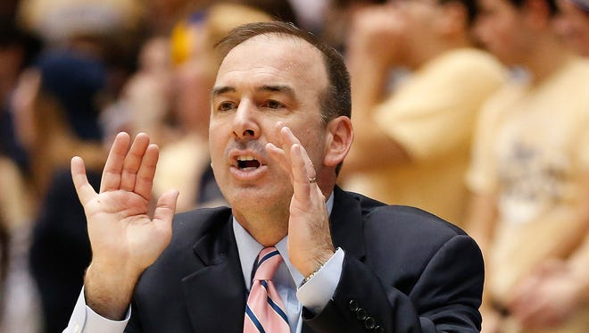 George Washington head coach Mike Lonergan turned down advances to become the head coach at Rutgers last week.