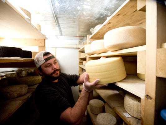 Farmers find a new life in cheese