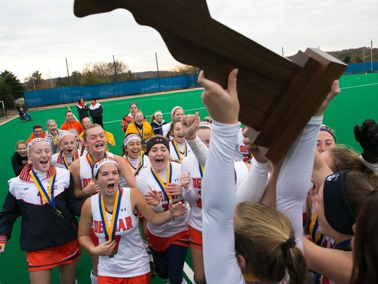 Sports: Field Hockey Final Div. II