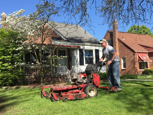 Ann Arbor-based startup LawnGuru is making it easier for Americans to get t…