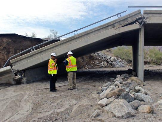 Tex Wash Bridge on Interstate 10 collapsed on Sunday