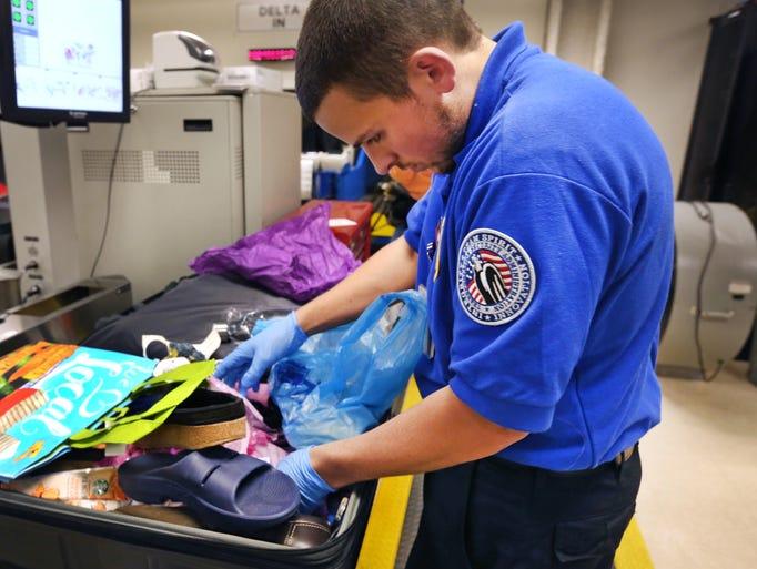 wwwgannett cdncom mm 04649e9bb1c63cae1f93631cb - Transportation Security Officer