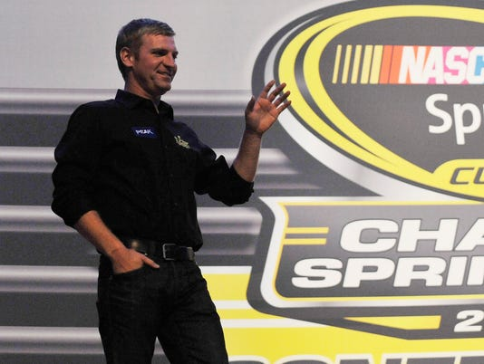 9-12-13-chase-clint bowyer