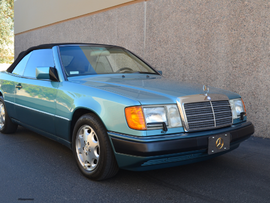 Alonzo Mourning's 1993 Mercedes-Benz 300CE convertible