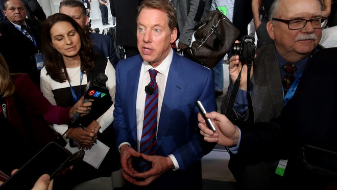 Bill Ford Jr., the executive chairman of Ford Motor Company, talks with journalists at the 2016 North American International Auto Show in Jan. 2016.