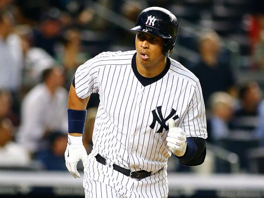 Alex Rodriguez reaches 30 HRs for 15th season, ties Hank Aaron for record