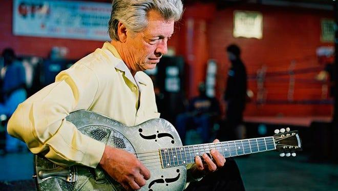 Blues guitarist John Hammond.