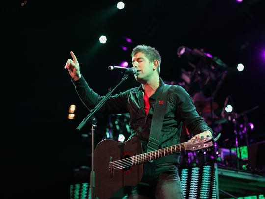 Jeremy Camp will perform on Mother's Day at World Outreach
