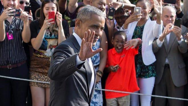 """El presidente de Estados Unidos, Barack Obama, afirmó hoy que el Obamacare es solo un """"primer paso"""" y subrayó que se podría avanzar si los gobernadores de 19 estados del país dejasen la política a un costado y extendiesen el Medicaid."""