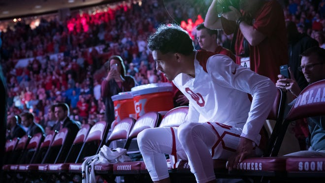 How would Oklahoma Sooners guard Trae Young look in a Suns uniform? Many recent NBA mock drafts think he'd look really good.