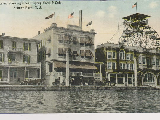 Postcard showing the Ferris wheel and observation deck