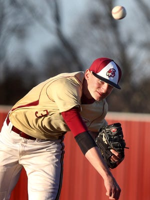 Riverdale's Dylan King winds up to pitch against Lavergne during a game at Riverdale on Monday March 16, 2015.