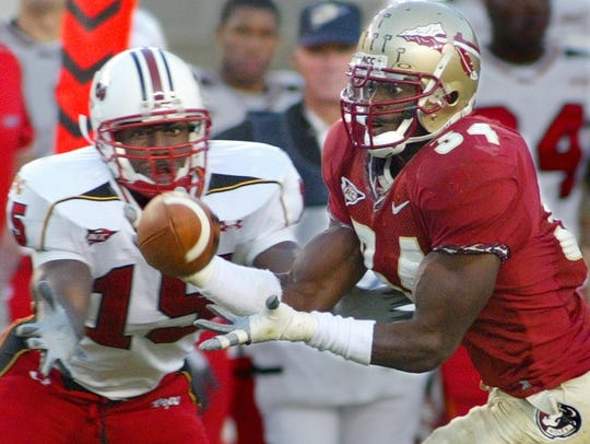 FSU's Ernie Sims (34) steps in front of Maryland's