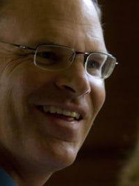 Retiring Palm Desert City Manager John Wohlmuth
