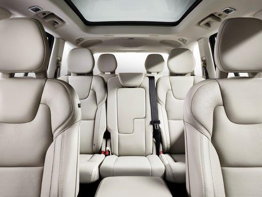 2016 Volvo XC90 T8 Inscription plug-in hybrid SUV