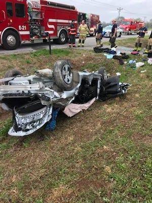 A Monday morning car crash in Eagleville sent one to Nashville for treatment.