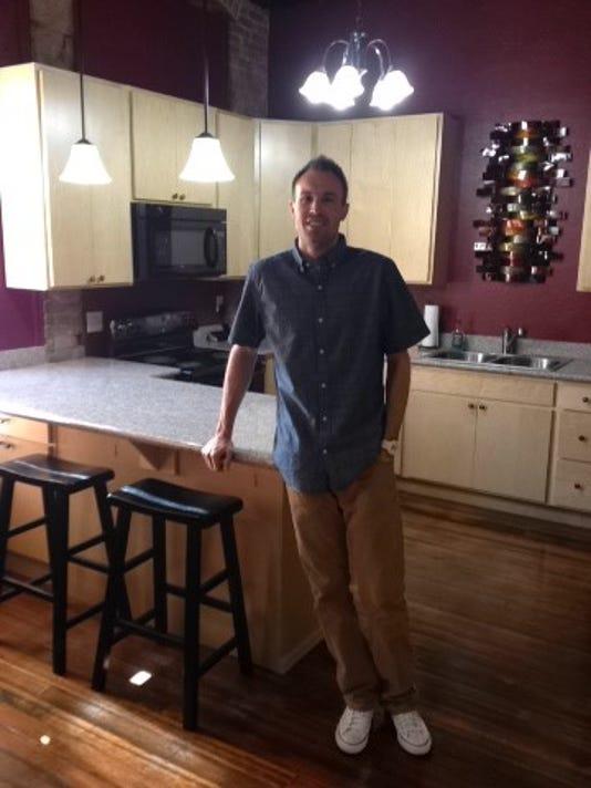-Shane Oliva inside apartment.JPG_20140429.jpg