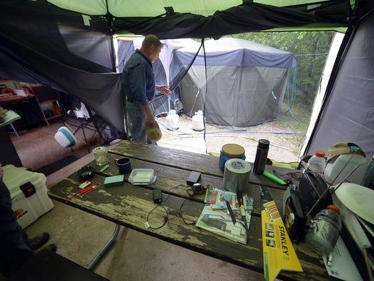 STC 0628 Camp Host 01