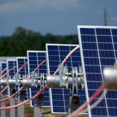2 Wisconsin utilities plan to partner on $390 million large-scale solar projects