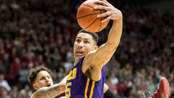 Ben Simmons posted 23 points and eight rebounds in LSU's 72-70 win at Alabama. The LSU freshman is averaging 19 points and 12 rebounds per game.