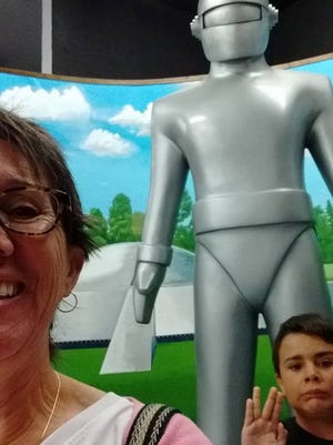 Lydia Long and Jim Grund visit the International UFO Museum and Research Center in Roswell, New Mexico.