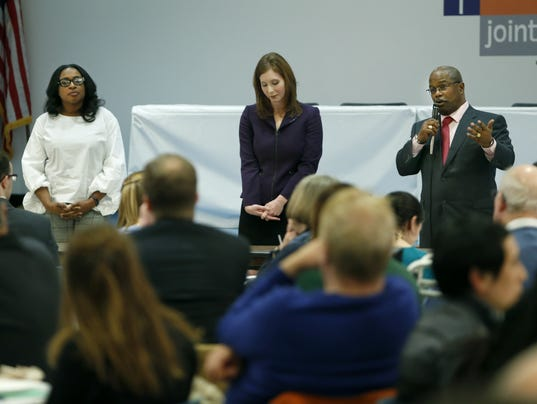 Mayoral candidates seek Democratic endorsement