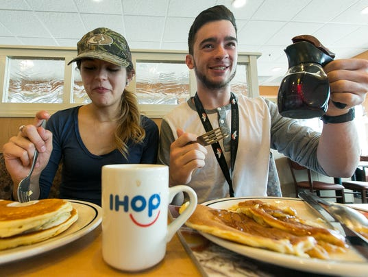 030816 - IHOPpancakes 1
