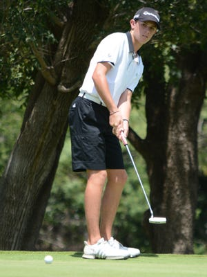 Folds of Honor Junior Championship boys champion Jansen Smith of San Angelo putts during the tournament's final round Thursday at Abilene Country Club's Club Course.