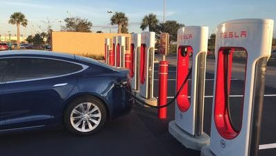A Supercharger Station at Hammock Landing, West Melbourne for electric vehicles..  Provided