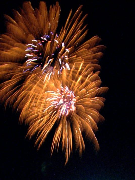 20150701_ELM_Eldridge_fireworks