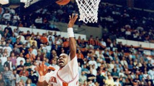 Former Auburn star Moochie Norris is set to play in the new BIG3 3-on-3 basketball league that features Allen Iverson, Chauncey Billups and Jason Williams.