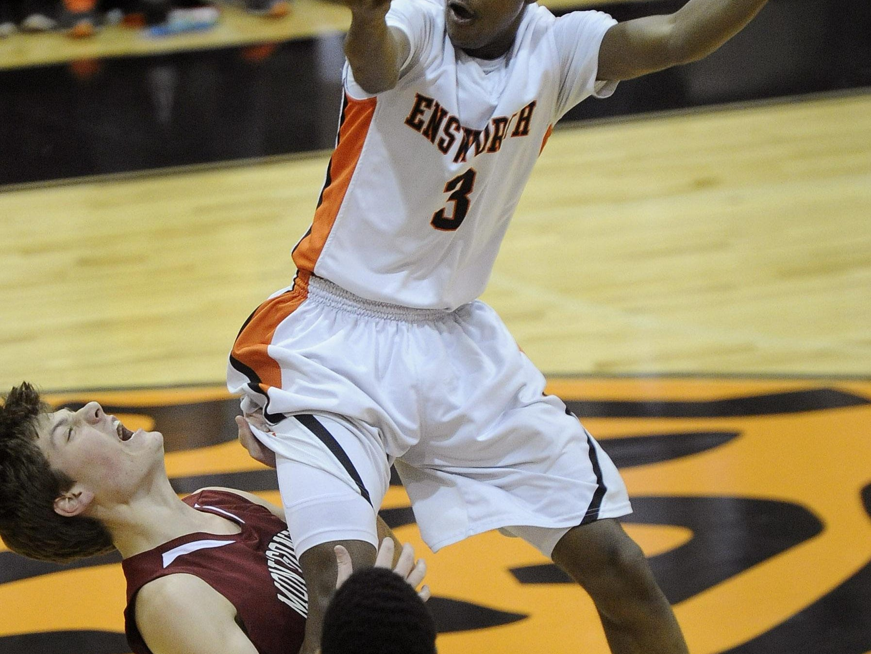 Ensworth's Jordan Bone (3) signed a letter of intent to play for Tennessee next season.