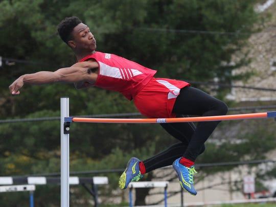 Rhondre Robinson from Peekskill High School competes