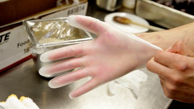 Disposable gloves are by no means protecting us, the consumers.