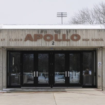 Grad looks to start Apollo Alumni Association